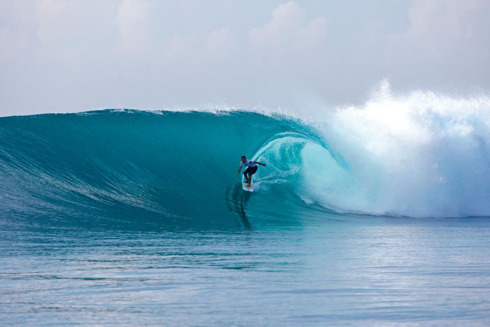 Tipi Jabrik, Sanur Reef, first big swell of May. Photo Tim Hain
